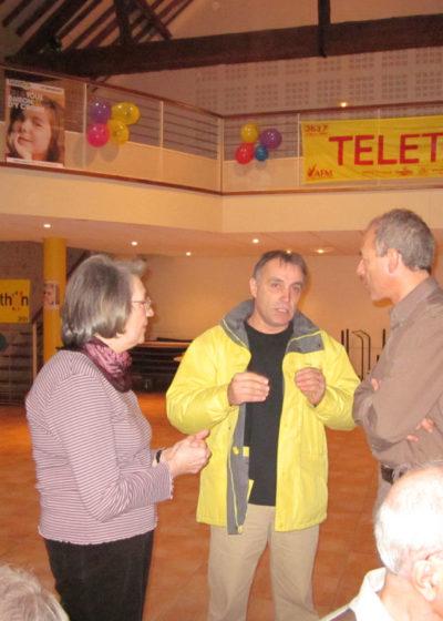 Téléthon 2010:le représentant officiel et M. le Maire