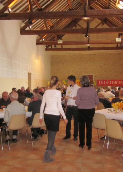 Téléthon 2010: choucroute à la salle des Fêtes