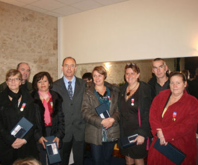2012_11_11_Remise_Medailles_Travail_Groupe.jpg